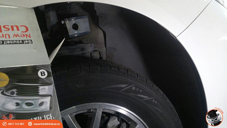 Chevrolet Malibu LS trang bị đệm giảm chấn TTC Hình 4
